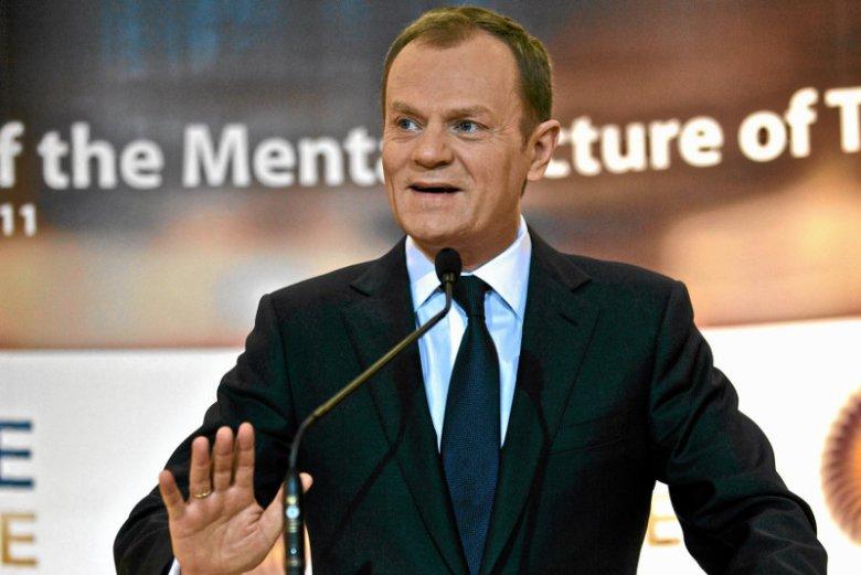 Wszystkie ręce na pokład. Donald Tusk zachęca do głosowania na Komorowskiego.