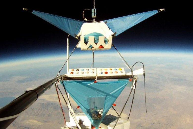 Gondola balonu w stratosferze