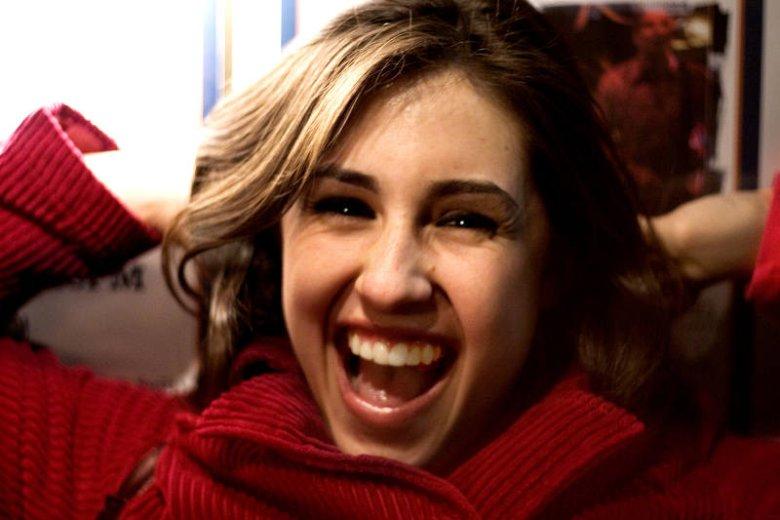 Piękny uśmiech to podstawa bycia atrakcyjnym niezależnie od płci