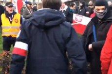 Kontrmanifestacja Obywateli RP została rozwiązana przez policję. Jest osłaniana przed Marszem Niepodległości przez straż marszu