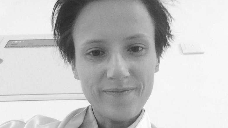28-letnia lekarka zmarła podczas 12-godzinnego dyżuru. Miała za sobą ośmiogodzinną pracę w innej placówce.