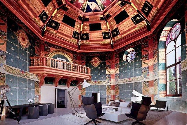 Płacąc 21 mln zł  można zamieszkać w kaplicy przebudowanej na ekskluzywny apartament