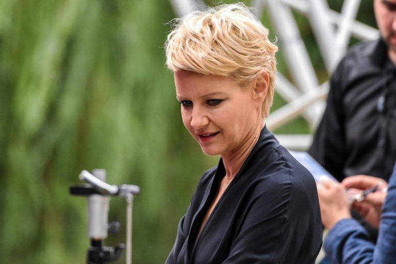 """Ilona Łepkowska wymyśliła nową role dla swojej dawnej podopiecznej. Miałaby zagrać w """"Koronie Królów""""."""