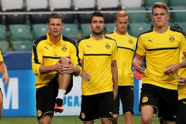 Niemiecki służby twierdzą, że we wtorkowy wieczór próbowano dokonać próby zabójstwa zawodników Borussii Dortmund. Drużyna się jednak nie poddaje. Już dziś wieczorem zagra z AS Monaco.