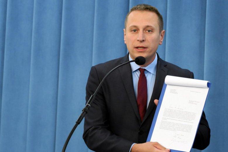 Krzysztof Brejza i jego rodzina sąszykanowani za ujawnianie nagród w rządzie PiS.