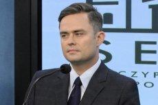 Adam Hofman zadeklarował gotowość do ćwiczeń wojskowych.