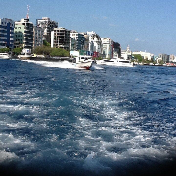 Male, najmniejsza stolica świata. Republika Malediwów.