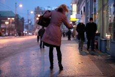 Dziś wieczorem i w nocy będzie bardzo ślisko w wielu rejonach Polski