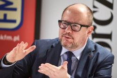 Paweł Adamowicz zataił 180 tysięcy złotych w oświadczeniu majątkowym Tak twierdzi prokuratura we Wrocławiu.