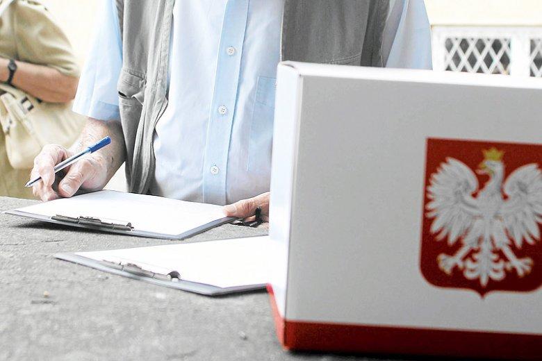 Czy sondaże robi się w Polsce po to, by kształtowały nastroje społeczne?