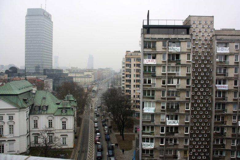 Czego życzą sobie mieszkańcy Warszawy? Dobrego dnia, pogody i uśmiechu, ale też... cukry czy mostów
