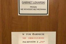 Ta kartka na drzwiach lekarskiego gabinetu wywołała w styczniu zamieszanie w całym kraju. Teraz w tej sprawie zapadła decyzja prokuratury.