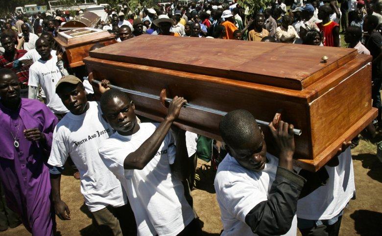 Pogrzeb 28 ofiar powyborczych zamieszek w Nairobi.