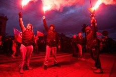 11 listopada nacjonaliści przeszli przez Warszawę i inne polskie miasta. Część z nich skandowała hasła faszystowskie i rasistowskie, w tym wzywające do przemocy wobec obcokrajowców.