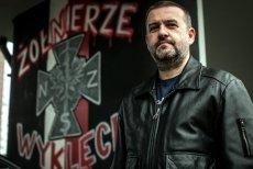 Arkadiusz Karbowiak, był wiceprezydentem Opola z ramienia PO, teraz buduje Muzeum Żołnierzy Wyklętych z ramienia PiS, a przede wszystkim z ramienia wiceministra sprawiedliwości Patryka Jakiego