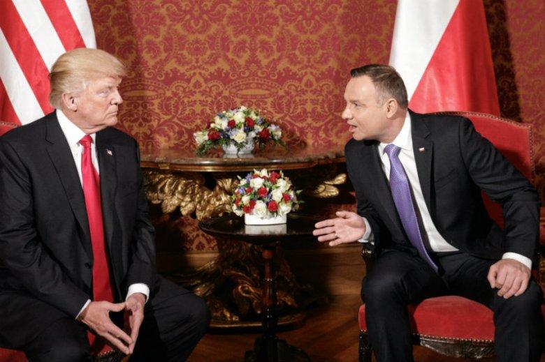 Andrzej Duda i Mateusz Morawiecki nie mają szans na wizytę w Białym Domu – twierdzi Onet.