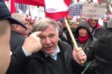 Sympatycy Prawa i Sprawiedliwości specyficznie zaprezentowali się na demonstracji w obronie rządu Jarosława Kaczyńskiego.