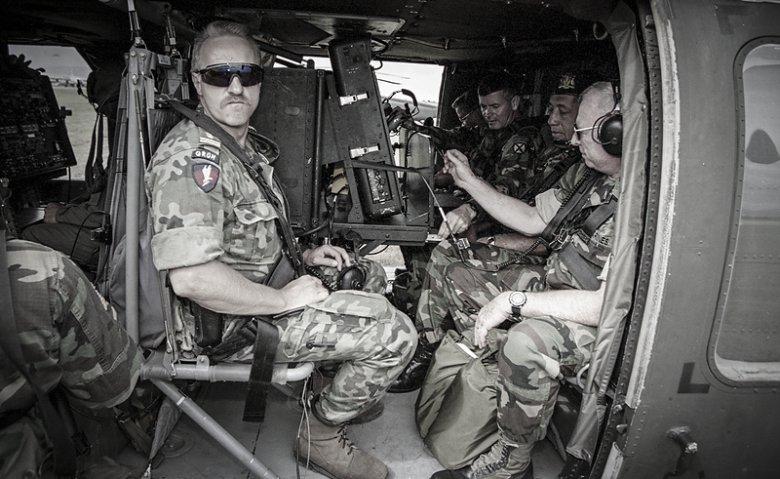Dowódca jednostki GROM pułkownik Sławomir Petelicki. Haiti 1994 r.