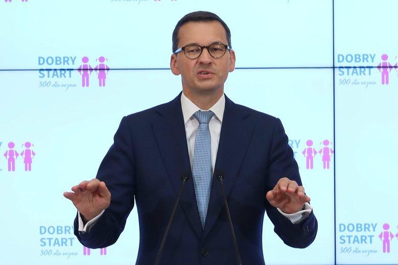 """Czy okładka """"Super Expressu"""" była ustawką z premierem Mateuszem Morawieckim? Tak uważa doświadczona dziennikarka, z którą rozmawiał naTemat."""