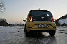Volkswagen up! - typowo miejski samochód. Bardziej dla młodszego niż starszego kierowcy.