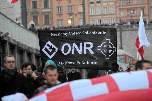 Marsz ONR i Młodzieży Wszechpolskiej w Warszawie podczas Święta Niepodległości 11 listopada.
