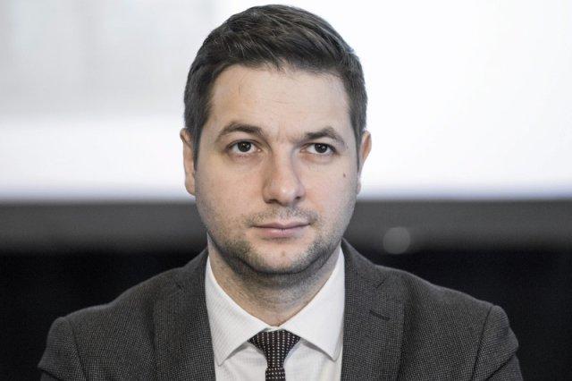 Patryk Jaki kieruje komisję reprywatyzacyjną i ma nadzieję,że pomoże mu to  powalczyć o prezydenturę Warszawy