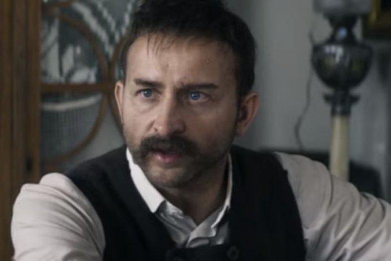 Borys Szyc wcielił się w rolę marszałka Józefa Piłsudskiego.