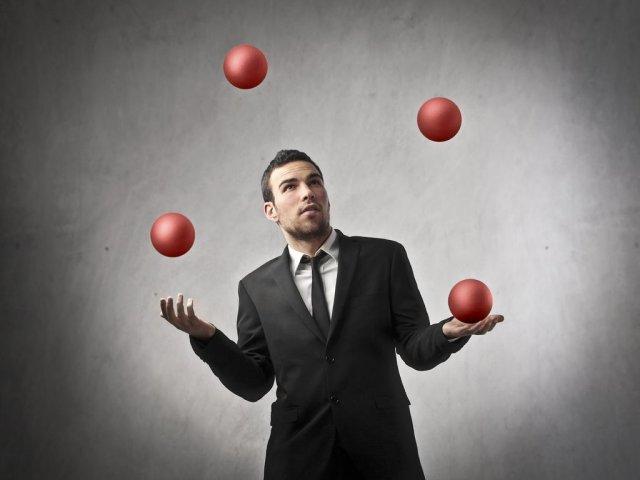 Rozwój w pracy umożliwia nam samorealizację oraz osiągnięcie zawodowej satysfakcji.