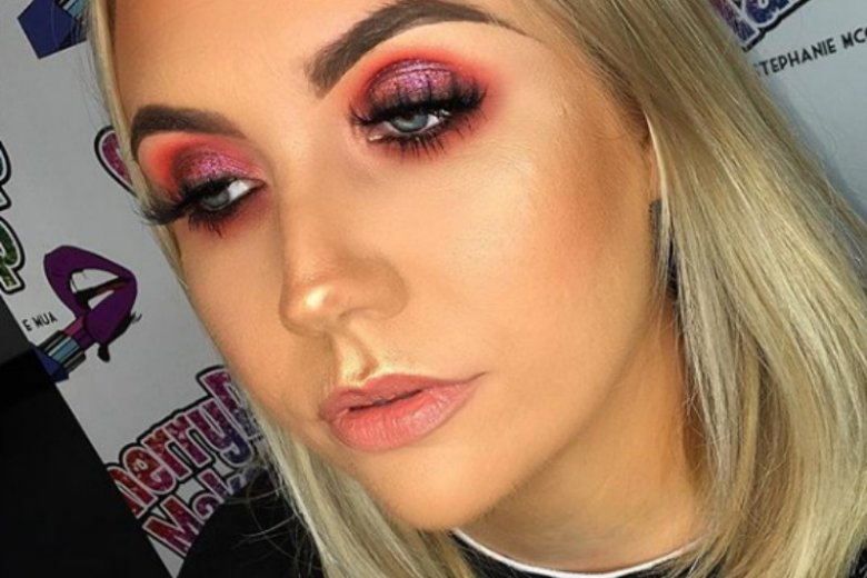 Ten makijaż wymaga przede wszystkim precyzji