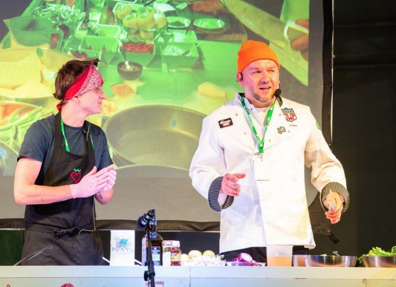 Pokaz kulinarny podczas pierwszej polskiej edycji Veggie World.