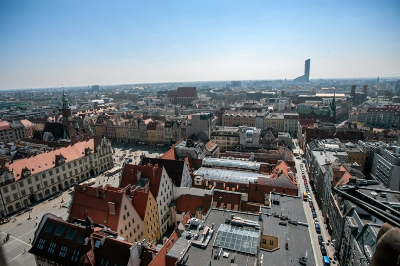 10.04.2015 Wrocław . Widok z wieży kościoła św. Elżbiety .
