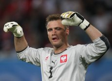 Artur Boruc jest bramkarzem z największą liczbą występów w historii reprezentacji Polski: zagrał aż 65 meczów.