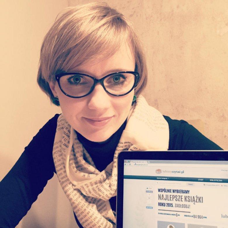 Iza Sadowska wie, że promocja czytelnictwa musi odbywać się w internecie.