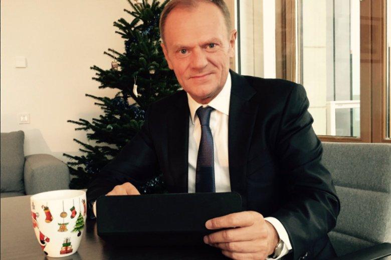 Donald Tusk napisał na Twitterze, że weźmie udział w akcji charytatywnej. Na reakcję internautów nie trzeba było długo czekać.