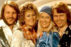 Kultowy zespół disco zapowiedział dwie nowe piosenki.