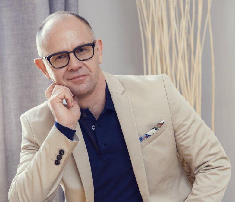 Mirosław Nowak, Country VP Grupy Essilor na Polskę i kraje bałtyckie