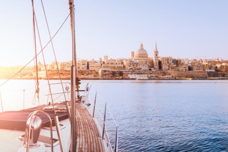 Krótki przewodnik po Malcie. Lista rzeczy, które należy wiedzieć przed pierwszą wizytą na ''wyspie rycerzy i słońca''.