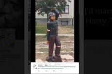 Tak wygląda pomnik Małego Powstańca w Legnicy.