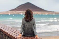 Introwertyk często odczuwa potrzebę bycia samemu