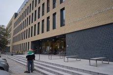 Na Uniwersytecie Medycznym we Wrocławiu władze uczelni nakazały ścisłą kontrolę tego, co w laboratoriach robią studenci obcokrajowcy.