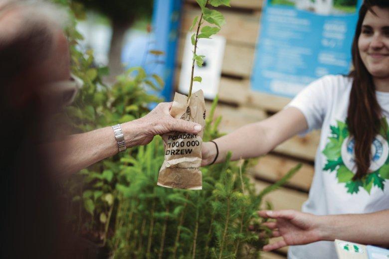 Każda edycja akcji ''Po stronie natury'' zakłada posadzenie 1 miliona drzew w ciągu roku