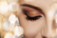 """Sylwestrowy makijaż nie """"zrobi się"""" w 15 minut. Wcześniejsze planowanie to podstawa"""