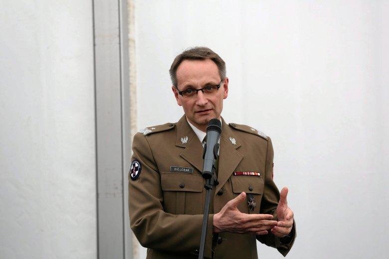Dyrektor Wojskowego Instytutu Medycznego gen. Grzegorz Gielerak sprawuje swoją funkcję od 2007 roku