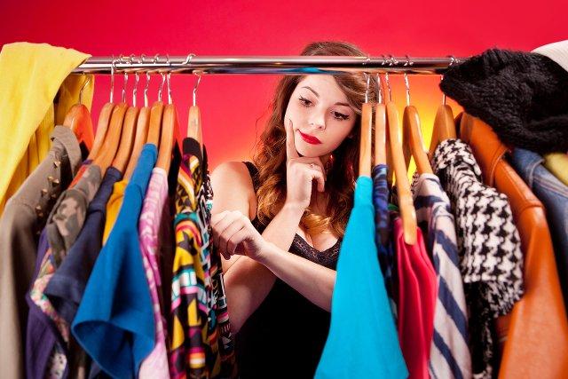 Jak Przechowywać Ubrania Kiedy Nie Masz Wystarczająco Dużo