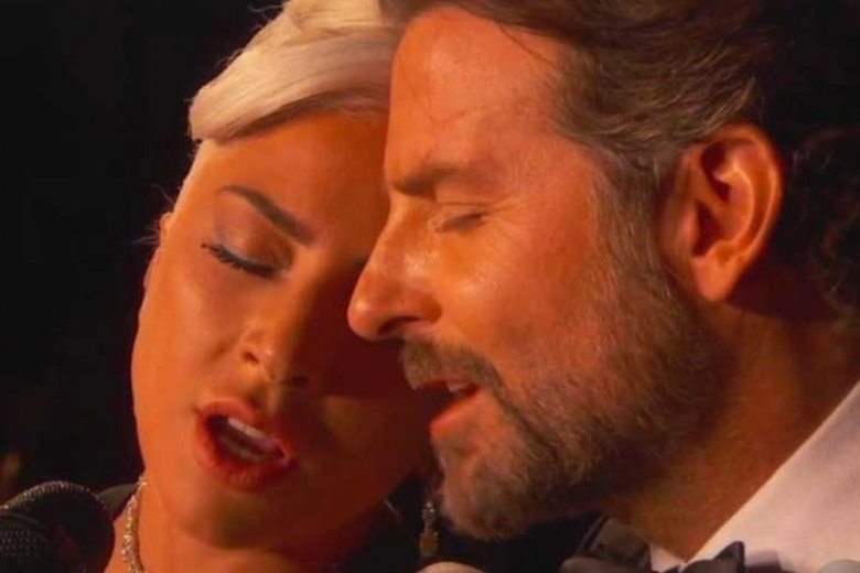 O romansie aktora z piosenkarką mówi się już od dłuższego czasu.