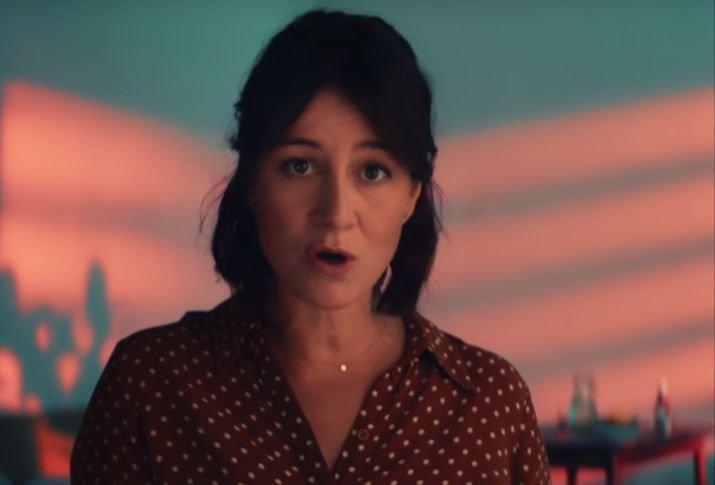 """Film """"(Nie)znajomi"""", który promuje piosenka, trafi do kin pod koniec września."""