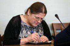 Krystyna Pawłowicz przyrównuje posłów opozycji i dziennikarzy niepublicznych mediów do piątej kolumny. Posłanka zarzuca im chęć zamordowania ojczyzny.