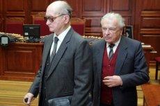 Zemsta po latach? Politycy PiS chcą odebrać stopnie generalskie Kiszczakowi i Jaruzelskiemu.