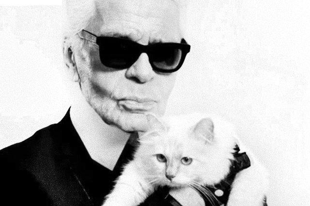12bf613d6f8d Karl Lagerfeld nie żyje. Projektant mody Chanel miał 85 lat