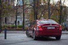 Nowa Mazda 6 urzeka wyglądem i komfortem.